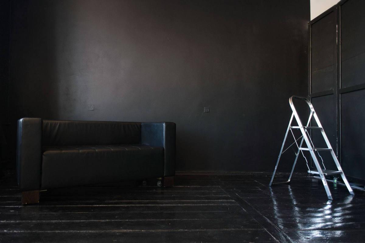 Фотостудия с черным фоном Житомир